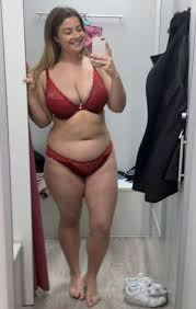 stunning gains four to become plus size model after