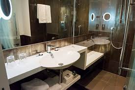 Pod Style Bathroom The Big Question Transition What Is Causing It Design Insider