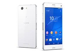 Sony Xperia Z3 Compact - Best phone for Photographers 2
