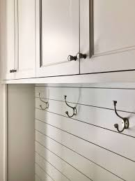 what color cabinet hardware 7 basic design considerations for selecting cabinet pulls