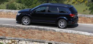 fiat freemont 2015 fiat freemont arrives from 25 990 becomes australia u0027s cheapest