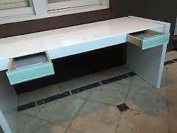 Gumtree Reception Desk Reception Desk Polyurethane Red And White Desks Gumtree