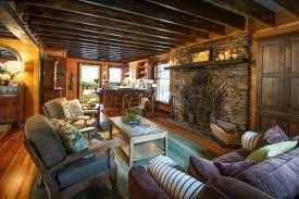 living area moonshine hill inn moonshine hill living room