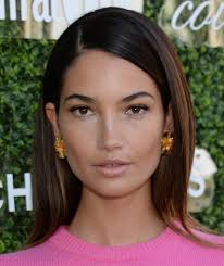 lily aldridge long side part lily aldridge long hairstyles looks
