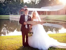 Dress Barn Savannah Ga The Reid Barn Weddings North Georgia Wedding Venue Ga 30040