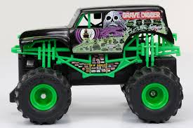 rc monster truck grave digger new bright 1 43 radio control full function monster jam grave