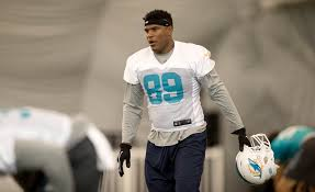 nfl national anthem protest dolphins te julius thomas two others