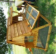 Best Backyard Chicken Coops by Portable Chicken Coops Buying Guide Hen Cages Wooden Houses