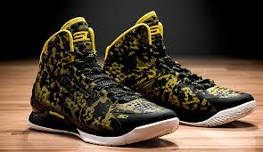 armour debuts stephen curry s signature shoe golden