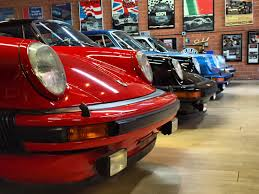 magnus walker porsche wheels partying at magnus walker u0027s porsche playhouse 6speedonline
