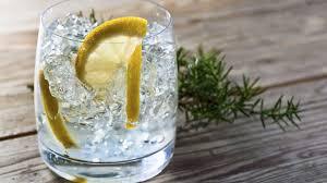 vodka tonic calories staying in try an irish gin with an irish tonic
