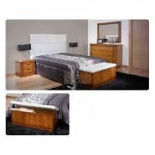 chambre adulte bois chambre adulte lit tête de lit chevet commode armoire miroir