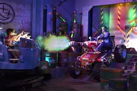 Six Flags Oh New 4d Interactive Action Ride Justice League Battle For