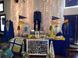 ideas for class reunions class reunion memorabilia table ideas pinteres