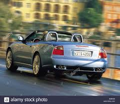 navy blue maserati 004 01 stock photos u0026 004 01 stock images alamy