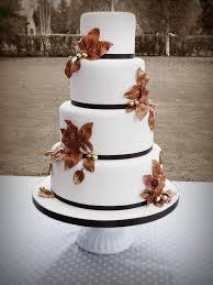 autumn wedding cake the wedding specialiststhe wedding specialists