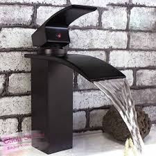Bathroom Waterfall Faucet by Best 25 Bathroom Sink Faucets Ideas On Pinterest Sink Faucets