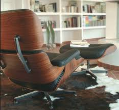 Eames Lounge Chair In Room Exlpore The World That Made The Iconic Eames Lounge Chair