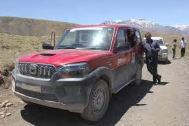 land rover himalaya zoomcar u0026 terraquest expeditions u2013 zoomcar