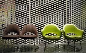 Saarinen Arm Chair Design Ideas Saarinen Executive Arm Chair With Metal Legs Hivemodern Com