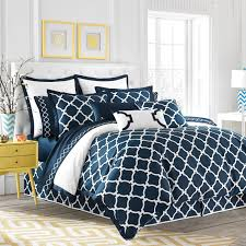 inspiring hampton link duvet cover modern bold and crisp design both solid white and signature navy link print sides finished with a mitered navy 100