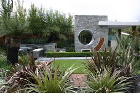 contemporary landscaping get that contemporary look