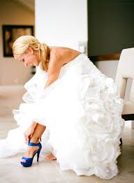 shoes for wedding dress offbeat wedding shoe ideas and how to pull them wedding