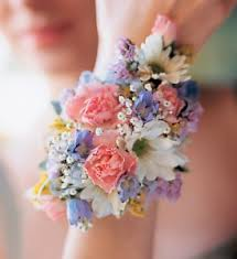prom wristlets prom corsages boutonnieres delivery boise id capital city florist