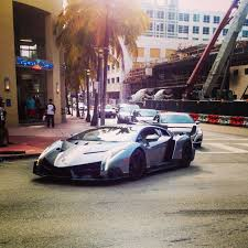 lamborghini veneno owner lamborghini veneno only three made snapped this in miami