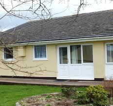 5 meadowside holiday bungalows manorbier tenby pembrokeshire 2