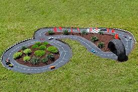 come creare un giardino fai da te giochi da costruire in giardino ecco 7 splendide idee fai da te