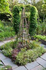 in love with this trellis from the book