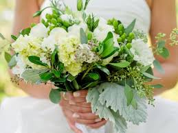 How To Make A Bridal Bouquet How To Make Wedding Bouquets With Fresh Flowers On Wedding Flowers