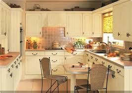 country kitchen paint color ideas kitchen creme kitchen cabinets white cabinets kitchen