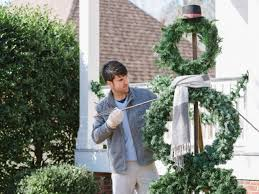 Outdoor Lighted Snowman Decorations by How To Make A Life Sized Wreath Snowman Hgtv