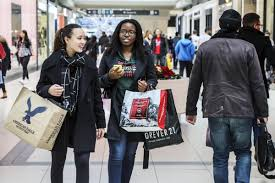 yorkdale mall thanksgiving hours slow start for black friday gathers pace as shoppers in toronto