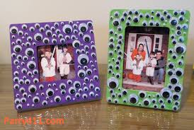 Halloween Entertainment Ideas Halloween Craft Ideas Eyeball Picture Frame Daily Party Dish