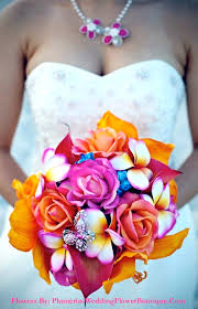 wedding flowers hawaii plumeriasweddingflowerboutique