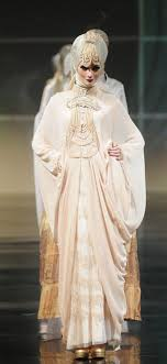 wedding dress jakarta jakarta fashion week gown trends 2011 irna muslim wedding dress