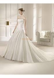 robe de mari e classique les 25 meilleures idées de la catégorie robe de mariée classique