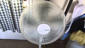holmes metal stand fan holmes stand fan 5 blade propellor youtube