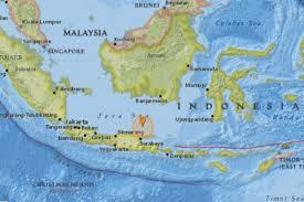 earthquake bali 2017 indonesia earthquake 5 7 magnitude quake strikes off madura island