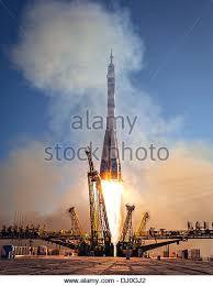 rocket engineer stock photos u0026 rocket engineer stock images alamy