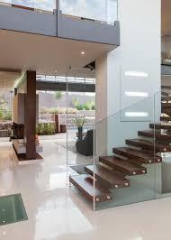 escalier garde corps verre maison contemporaine en pierre et verre picslovin
