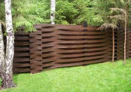 Beautiful Fence Designs To Improve And Accentuate Yard - Backyard fence design