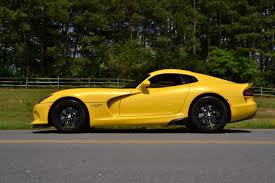 dodge viper why driving the dodge viper is still an epic muscle car experience