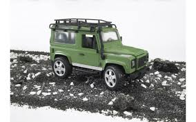 land rover bruder игрушка bruder внедорожник land rover defender 02590 цена