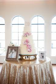 wedding cake table cake table linens decor to adore
