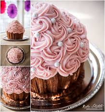 Easy Giant Cupcake Decorating Ideas Best 25 Giant Birthday Cake Ideas On Pinterest Giant Donut Diy