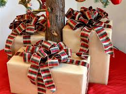 big christmas bows how to make big fluffy package bows snapguide